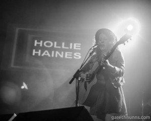 HOLLIE HAINES PHOTO