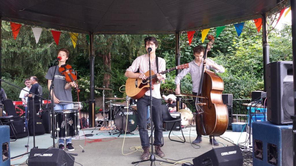 Mortal Tides in Jubilee Gardens Saffron Walden 21 June 2015 1500x844